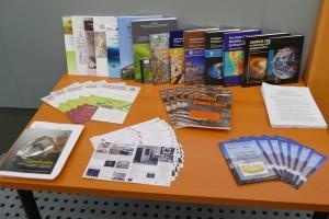 Ukážka najvýznamnejších vedeckých publikácií a aplikovaných vedeckých činností ústavu  v akreditovanom období .