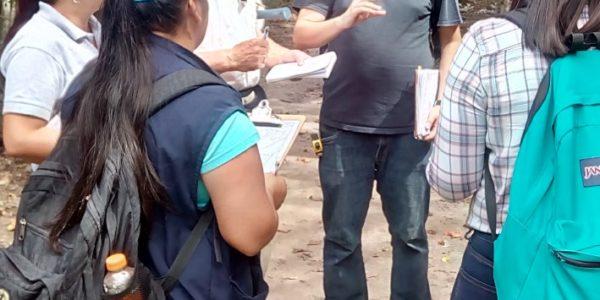 Práca v teréne so študentami Salvadorskej univerzity