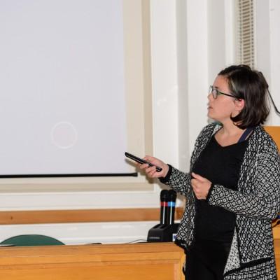 Doktorandka Ľubica Luhová prezentuje priebežné výsledky svojho výskumu