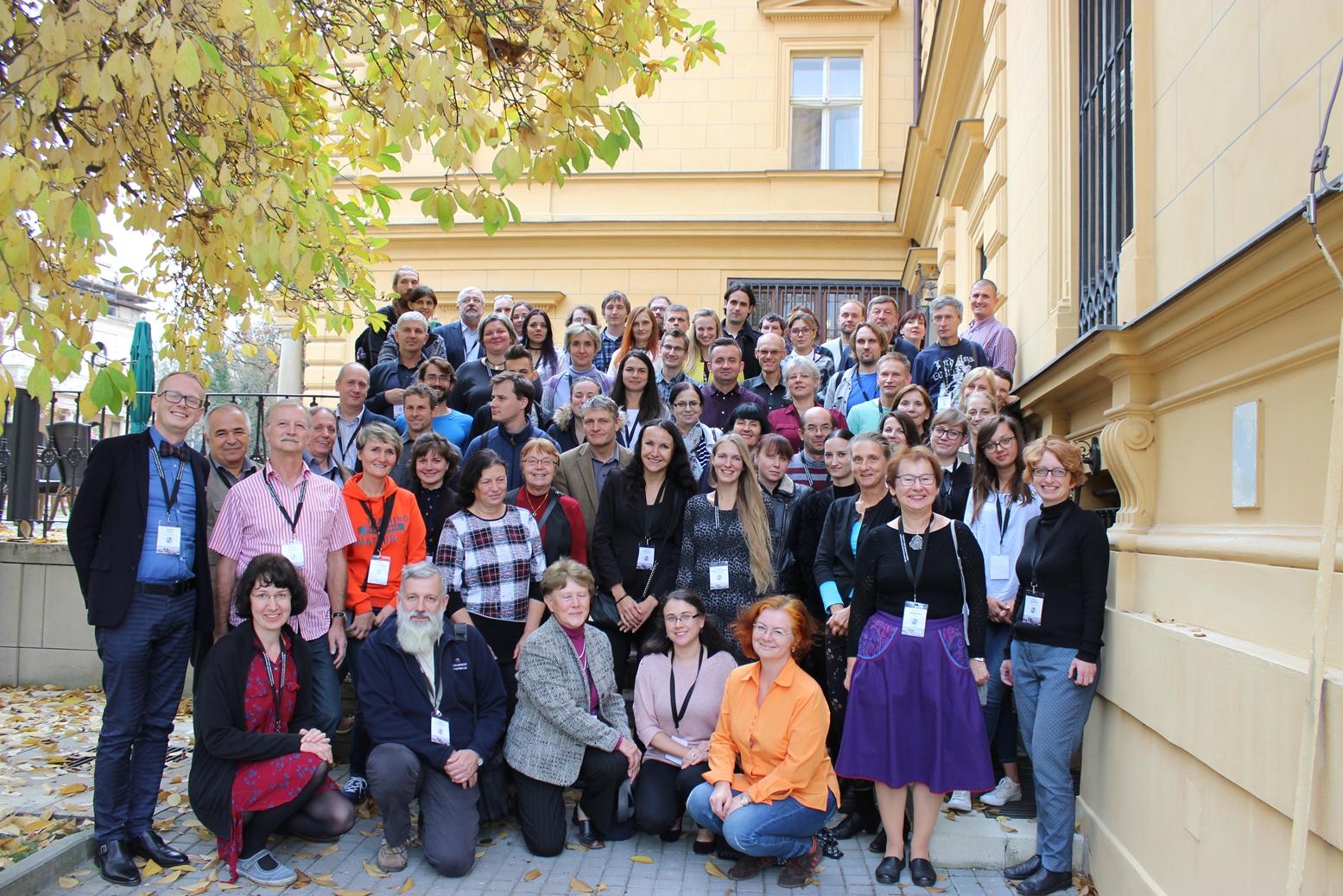 Účastníci 19. Česko-slovensko-poľskej paleontologickej konferencie v Prahe