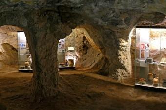 SAV sa podieľa na sprístupnení citadely a historického podzemia na Devínskom hrade